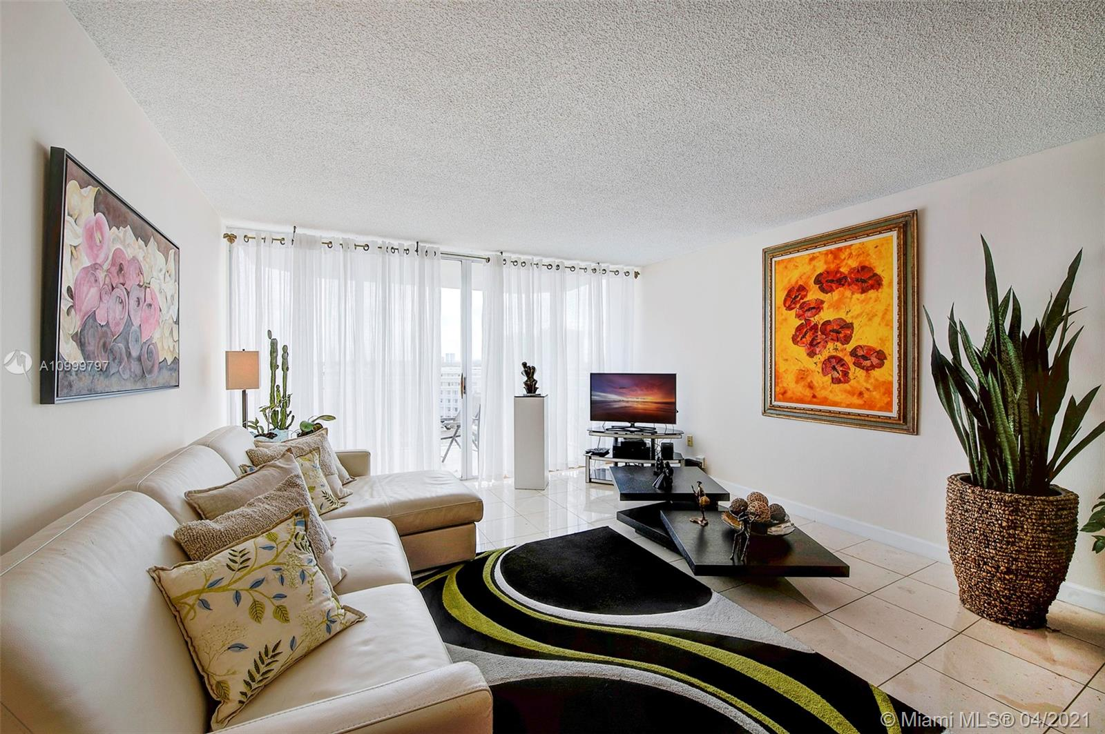 18021 Biscayne Blvd #703 photo010