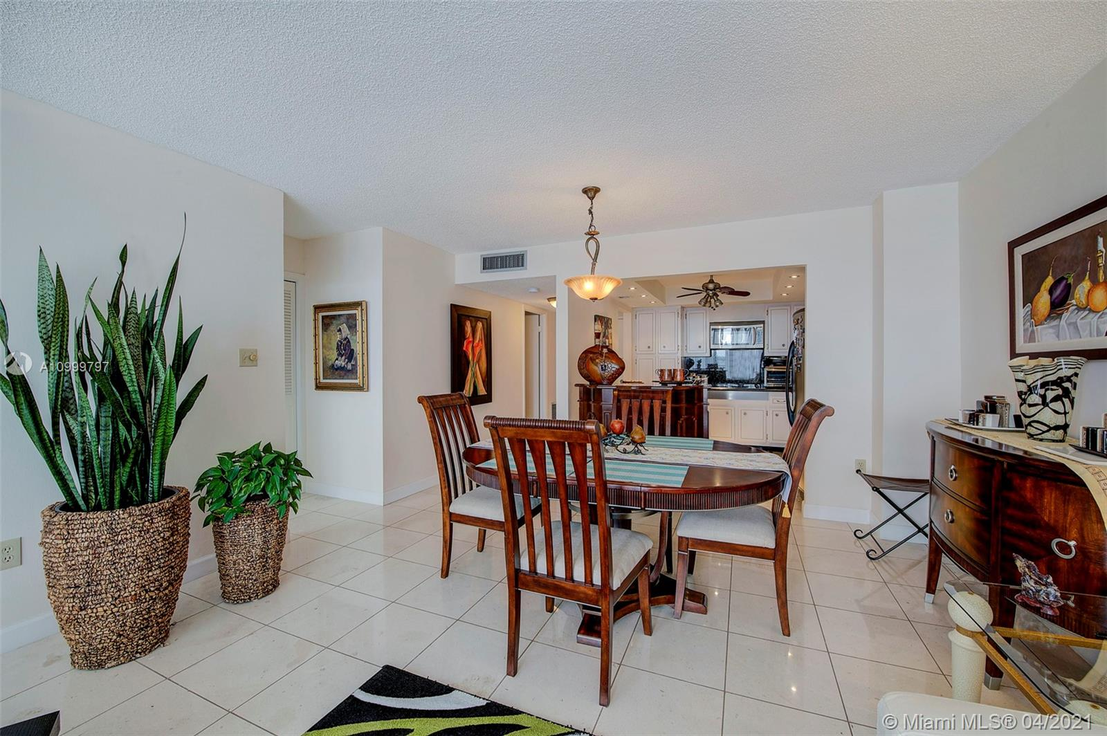 18021 Biscayne Blvd #703 photo08
