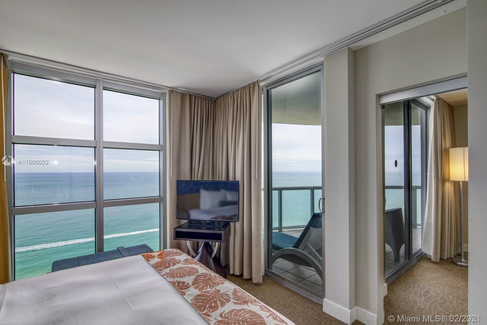 18683 Collins Ave #2401 photo07