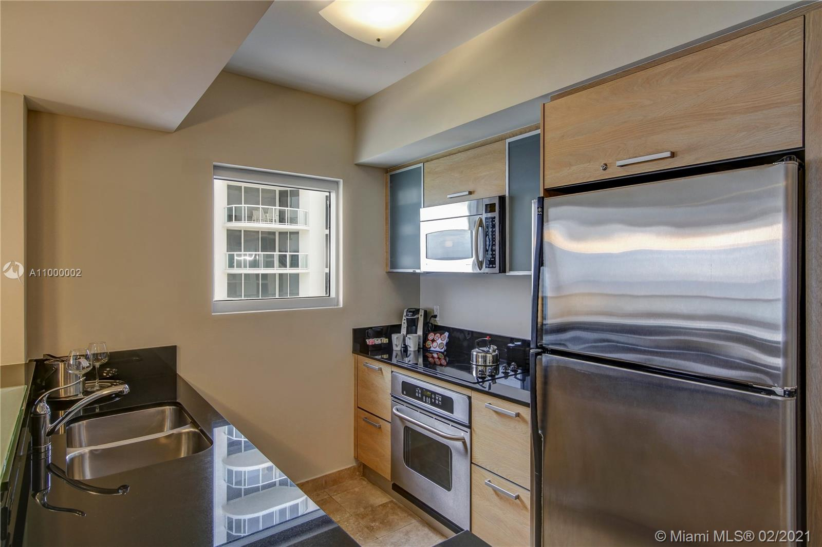 18683 Collins Ave #2401 photo010