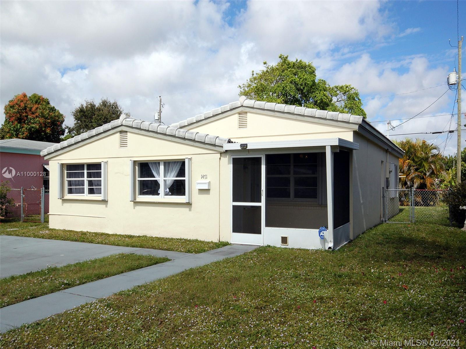 North Miami Beach - 1471 NE 180th St, North Miami Beach, FL 33162