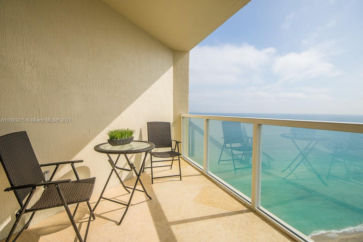 16699 Collins Ave #3110 photo06