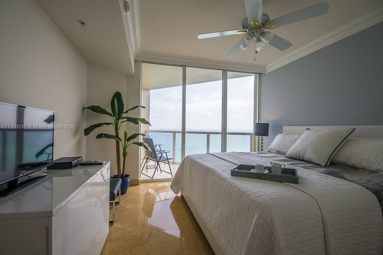 16699 Collins Ave #3110 photo07