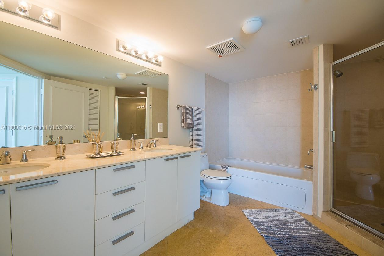 16699 Collins Ave #3110 photo09
