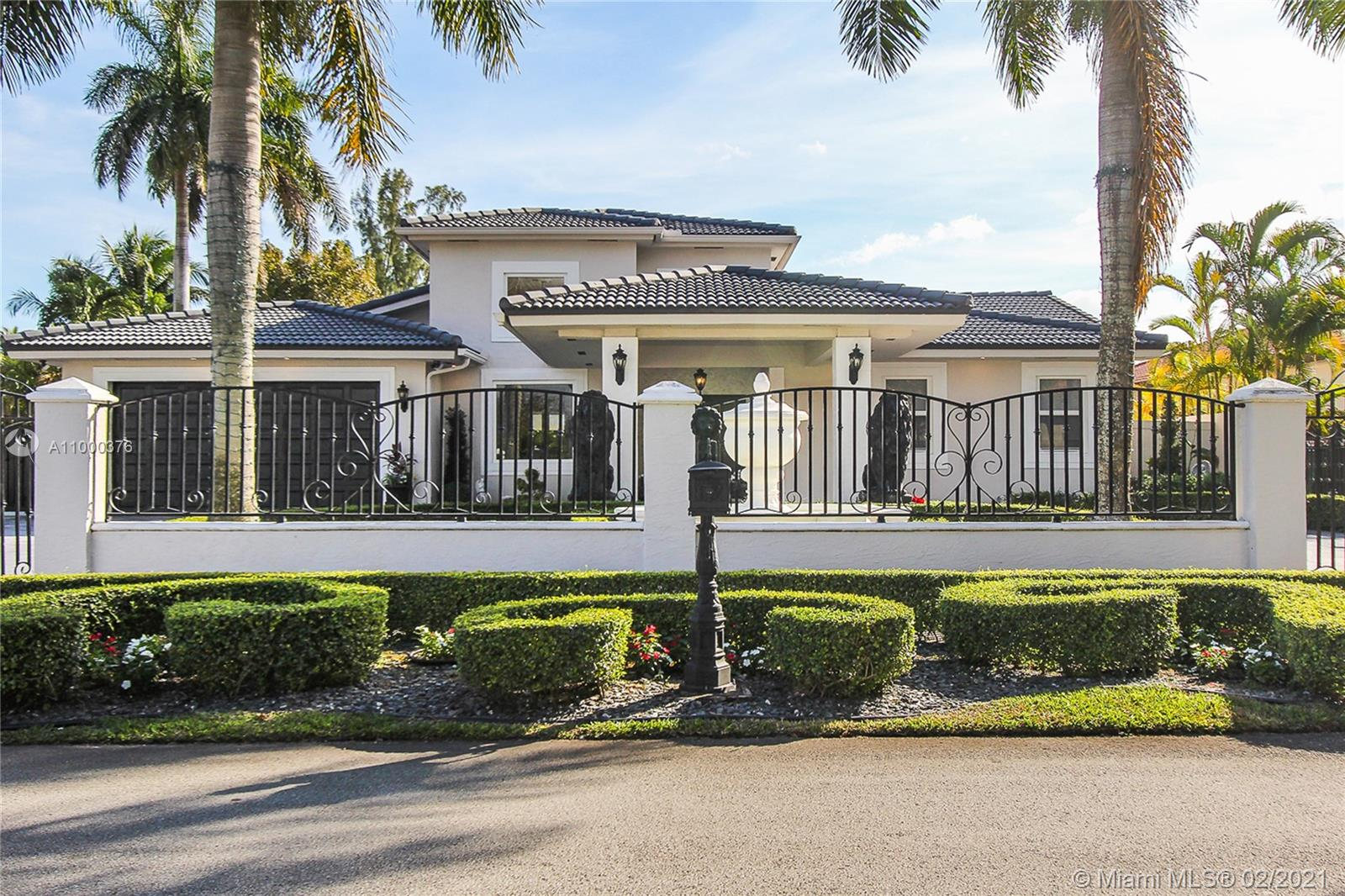 J G Heads Farms - 13340 SW 32nd St, Miami, FL 33175