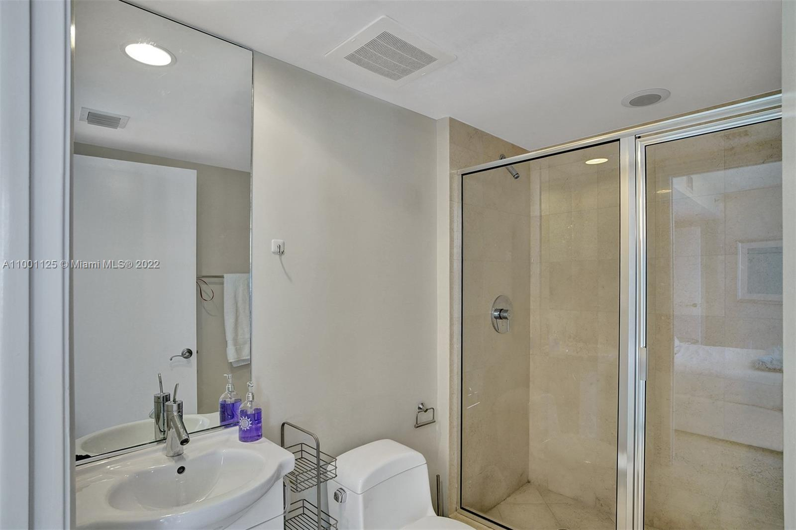 17201 Collins Ave #1604 photo013