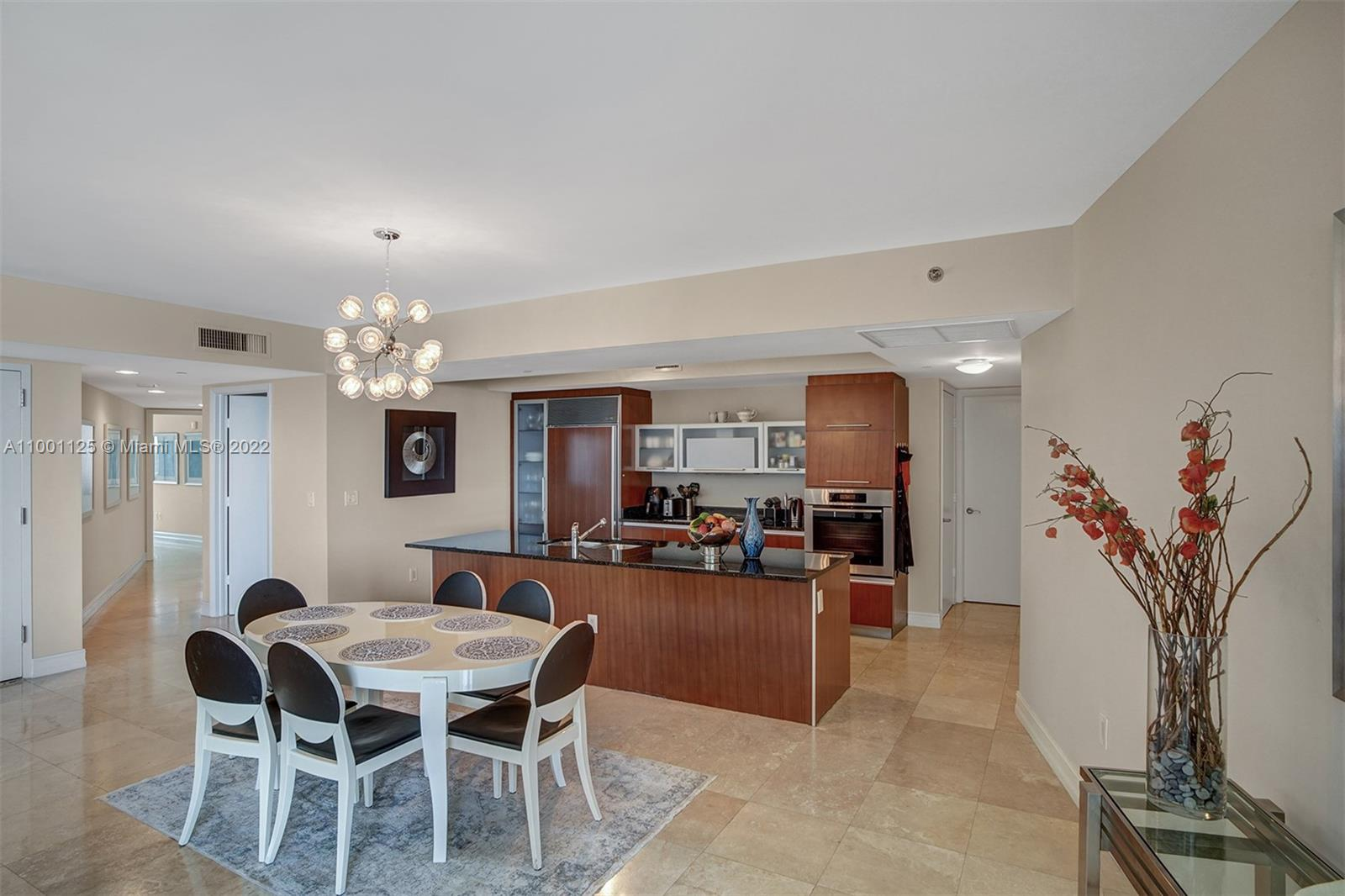 17201 Collins Ave #1604 photo05