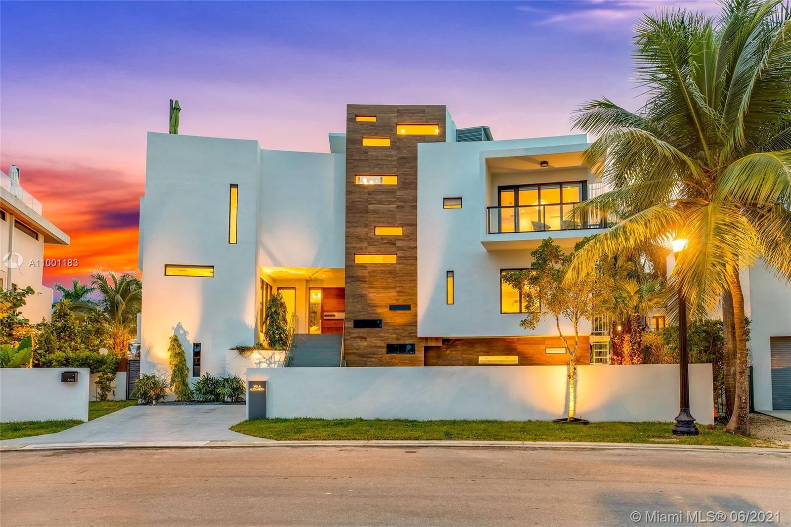 Palm Island - 300 Palm Ave, Miami Beach, FL 33139