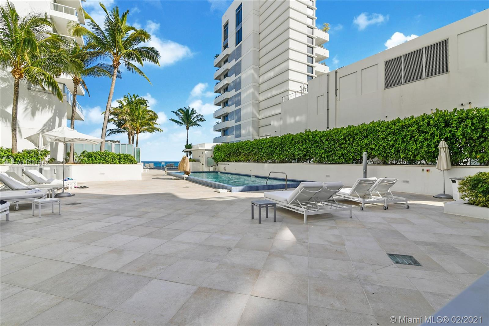 4391 Collins Ave #523-522 photo016