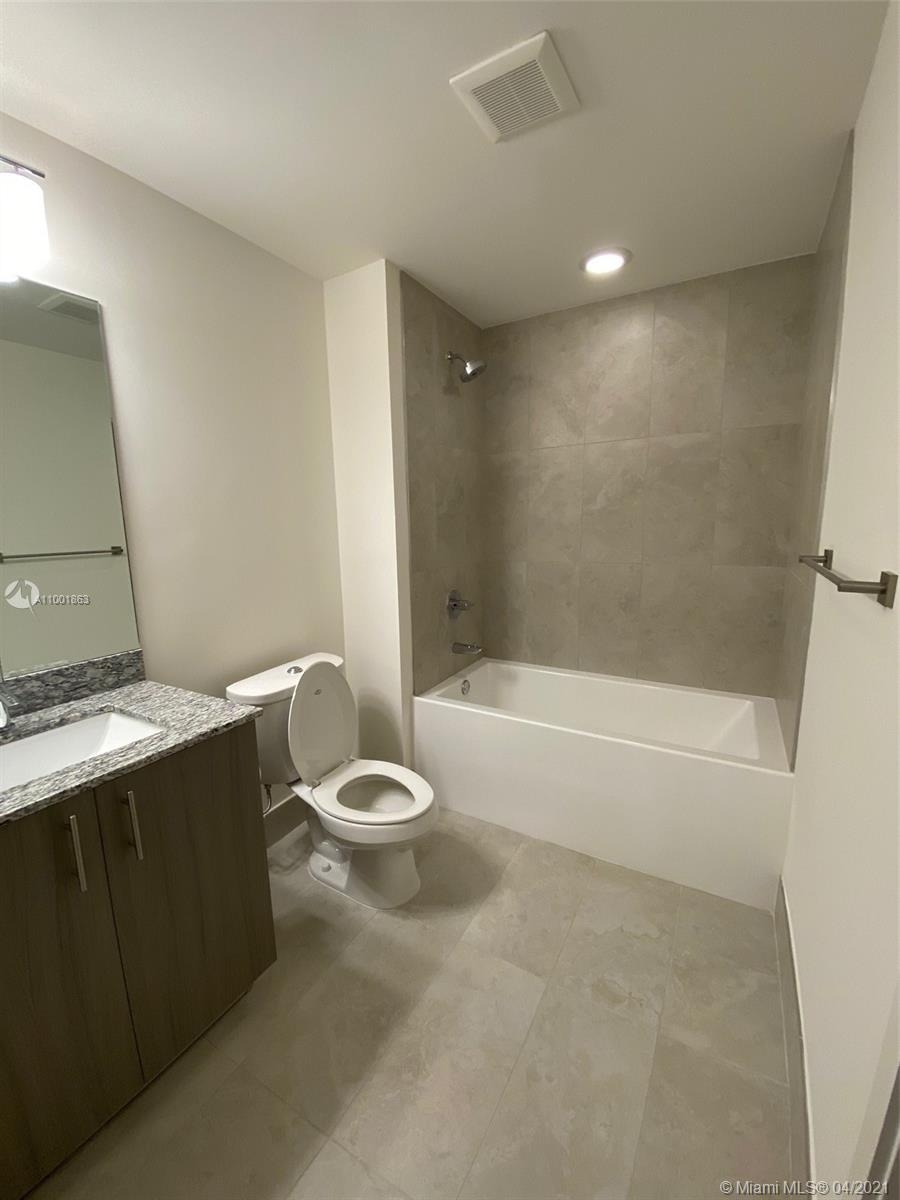 5350 NW 84th Ave #1807 photo057