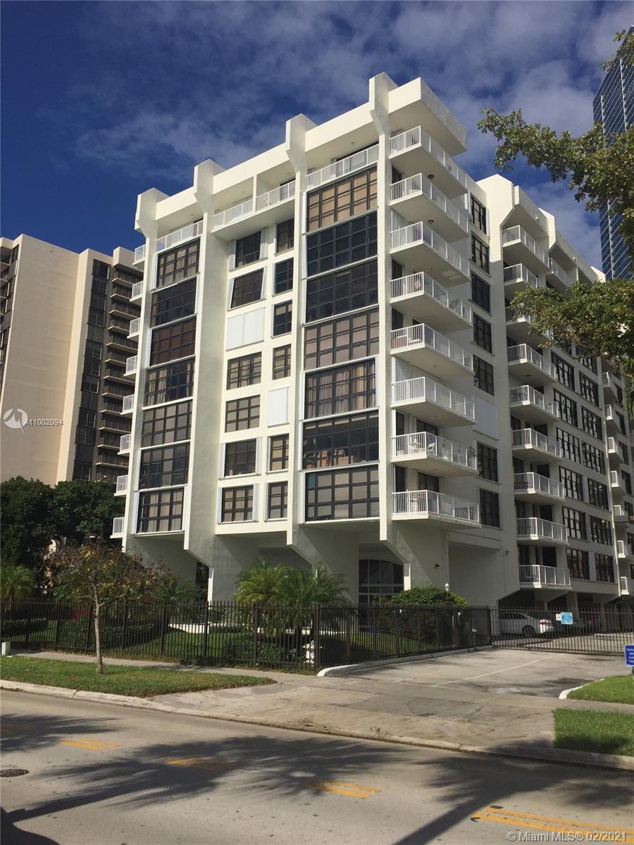 Brickell Shores #310 - 1440 Brickell Bay #310, Miami, FL 33131