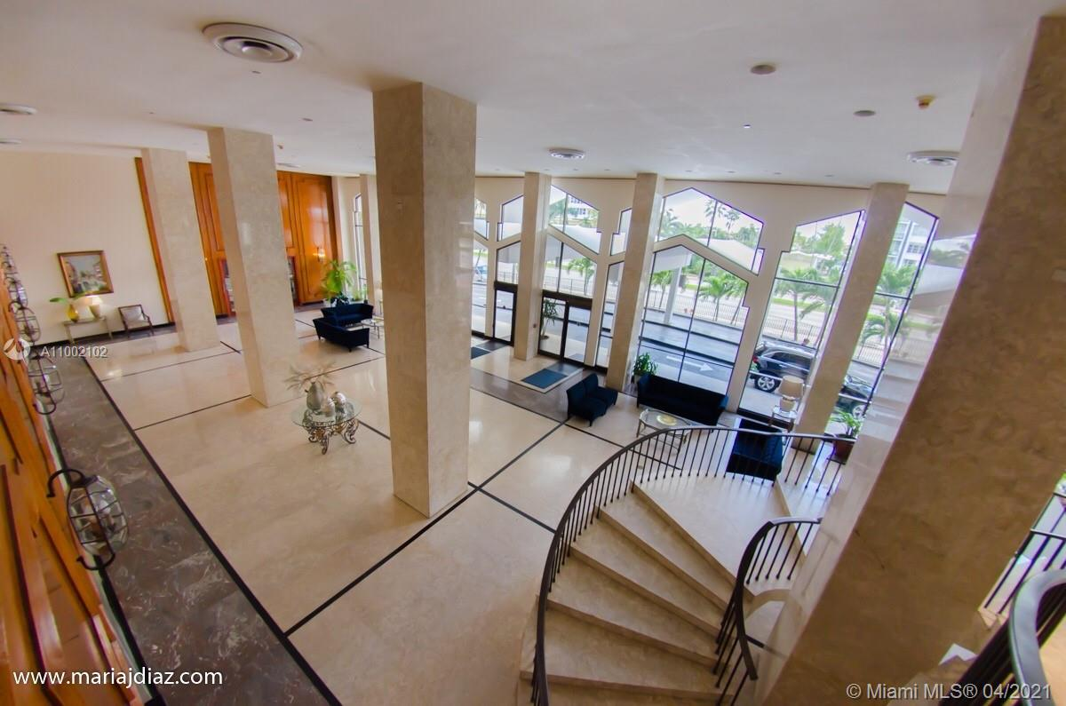 5601 Collins Ave #520 photo024