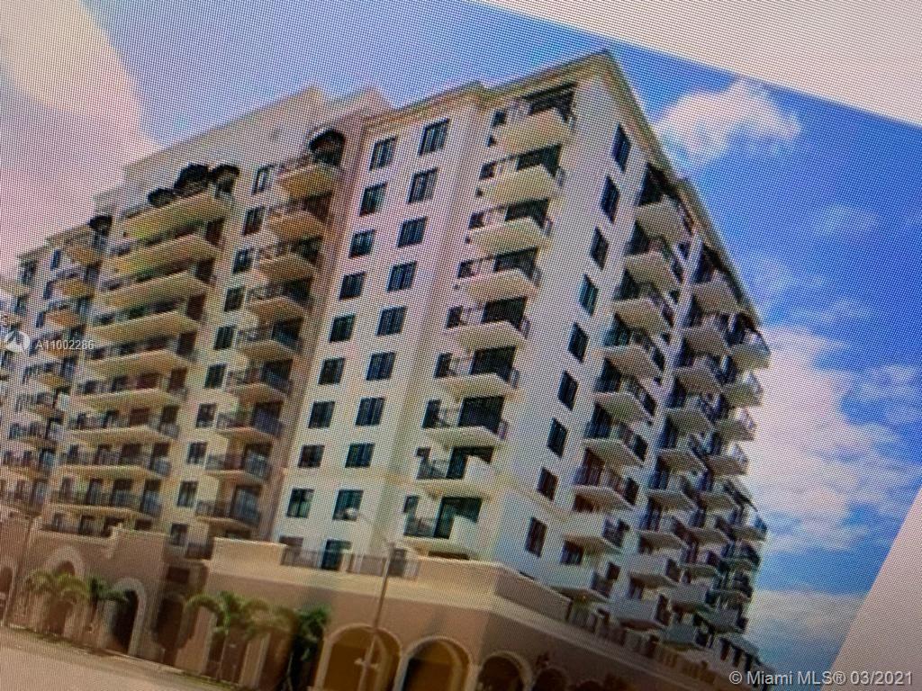1300 Ponce De Leon Blvd #908 photo01