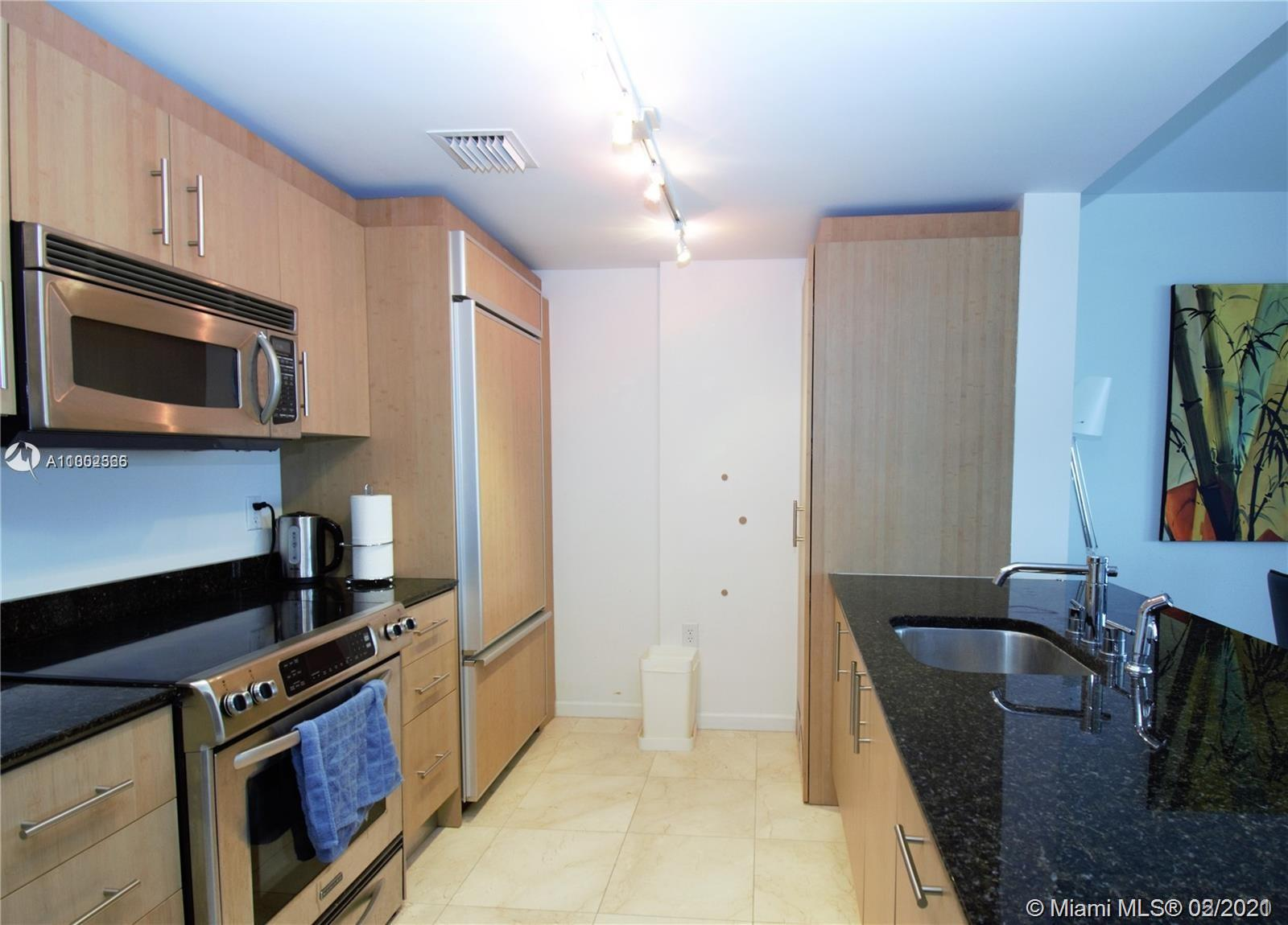 10275 Collins Ave #1514 photo05