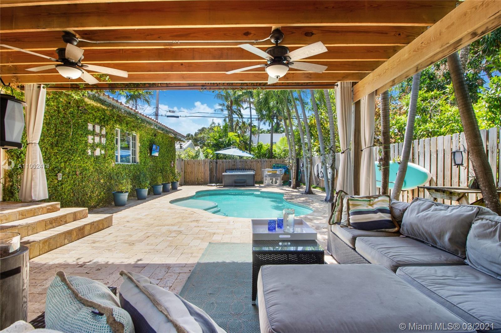 Surprise Lake - 4630 Royal Palm Ave, Miami Beach, FL 33140