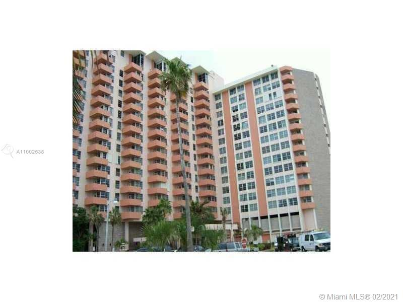 Triton Tower #944 - 2899 Collins #944, Miami Beach, FL 33140