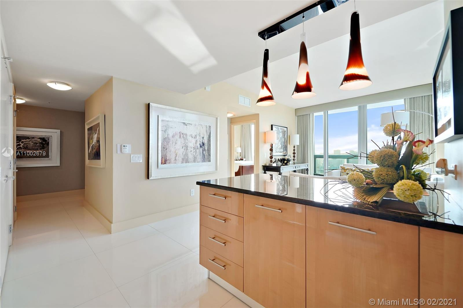 6899 Collins Ave #1404 photo06