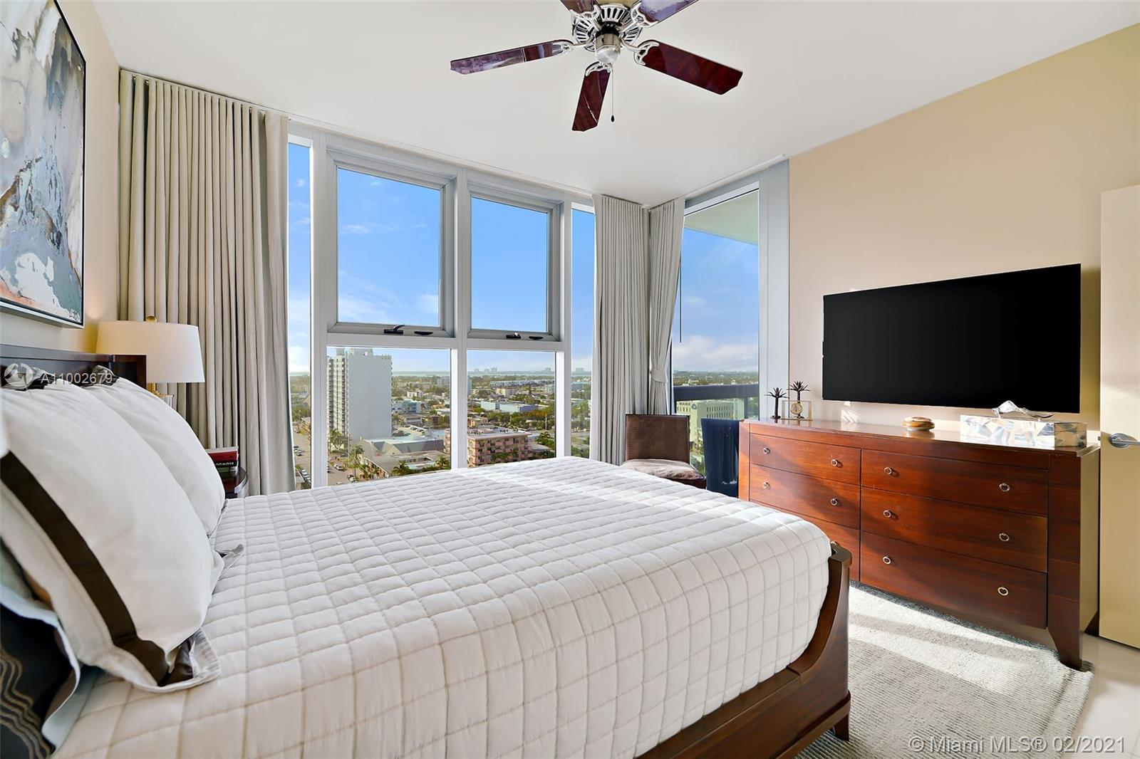 6899 Collins Ave #1404 photo028