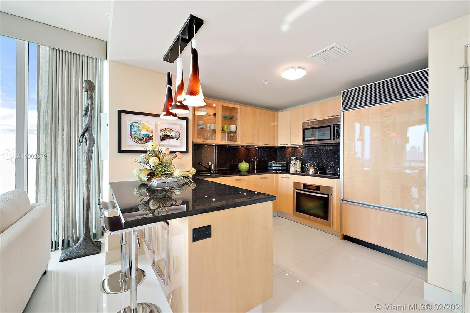 6899 Collins Ave #1404 photo04