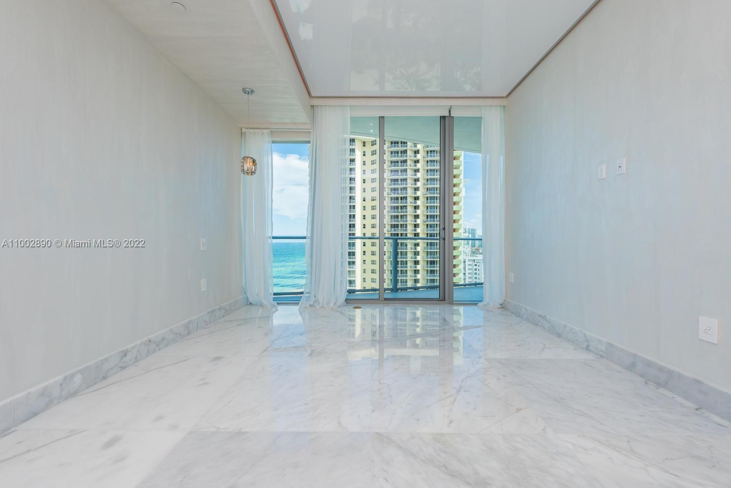 17475 Collins Ave #1002 photo027