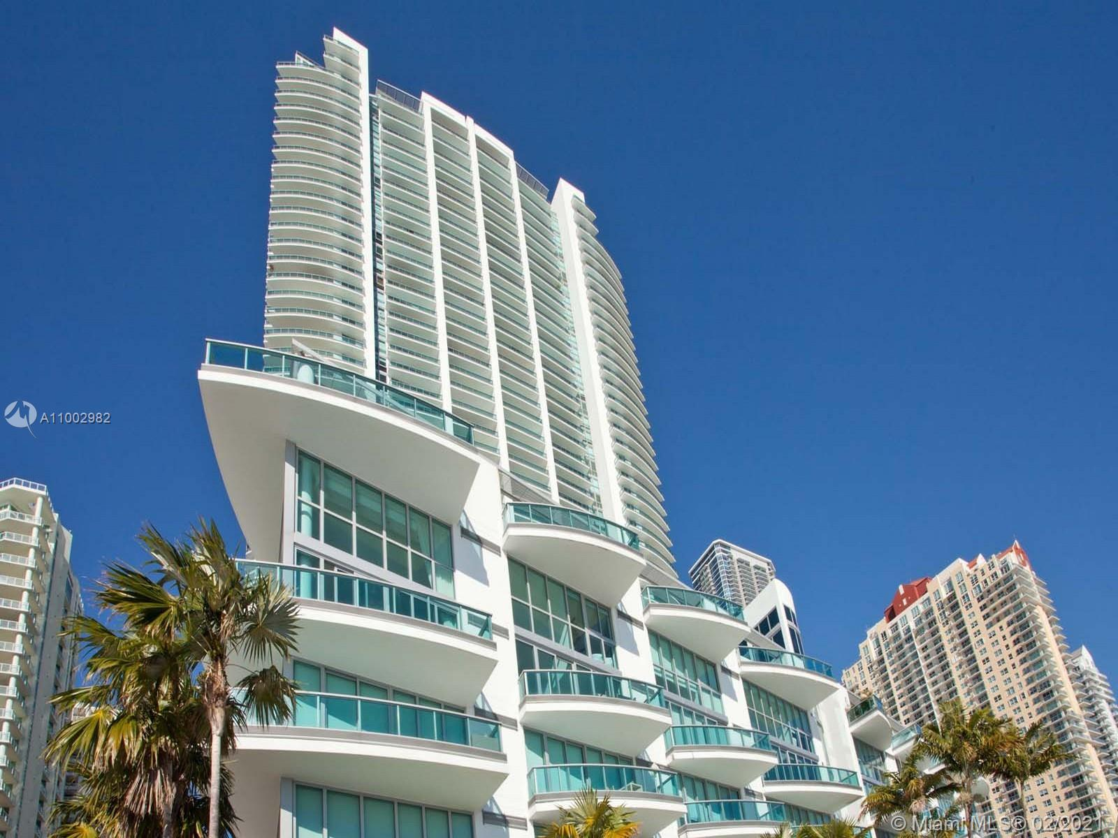 1331 Brickell Bay Dr #3701 photo02