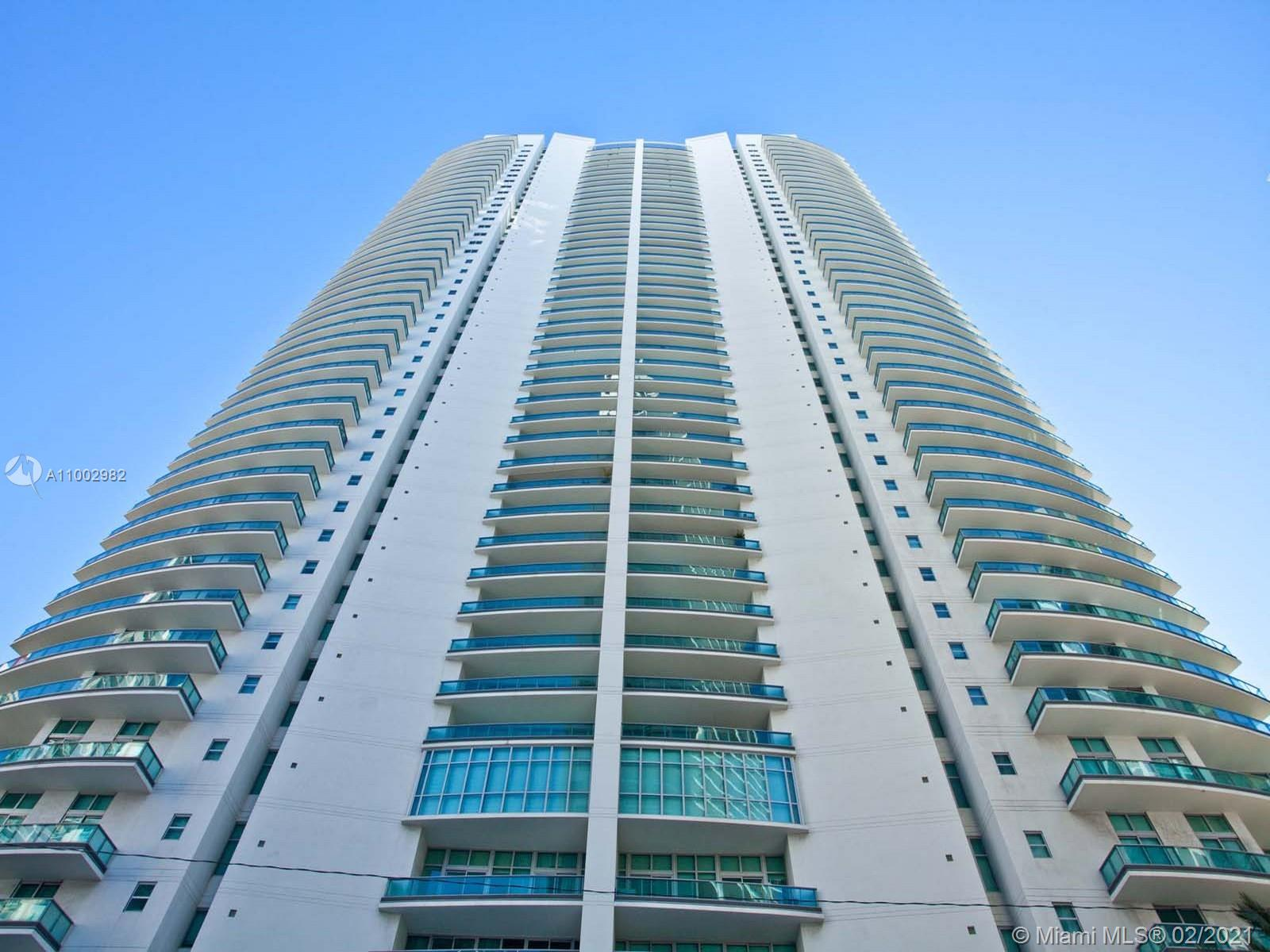 1331 Brickell Bay Dr #3701 photo01