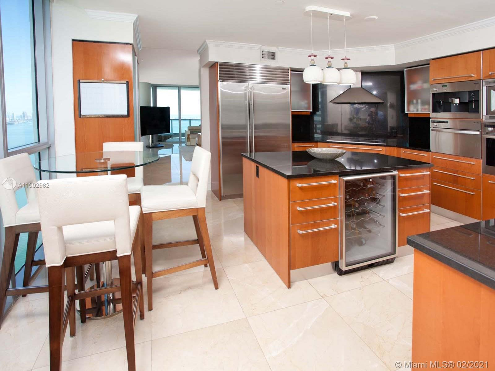 1331 Brickell Bay Dr #3701 photo020