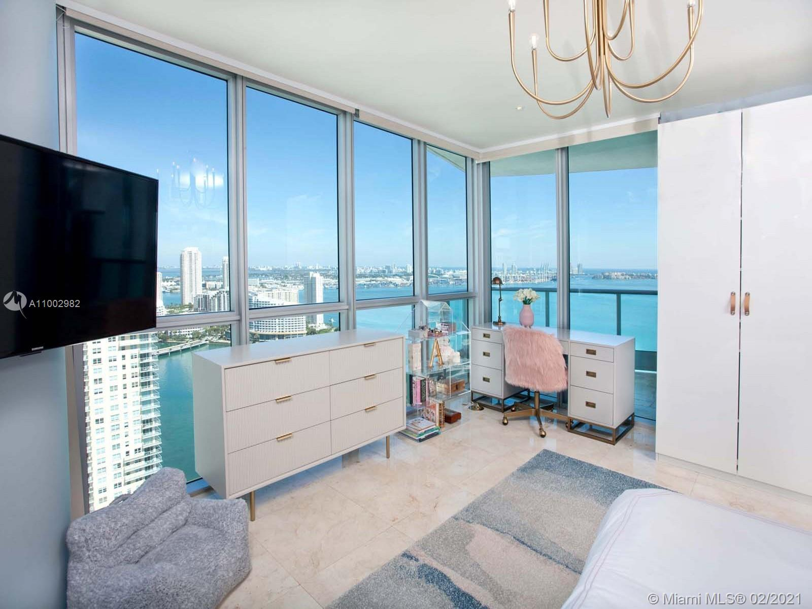 1331 Brickell Bay Dr #3701 photo024