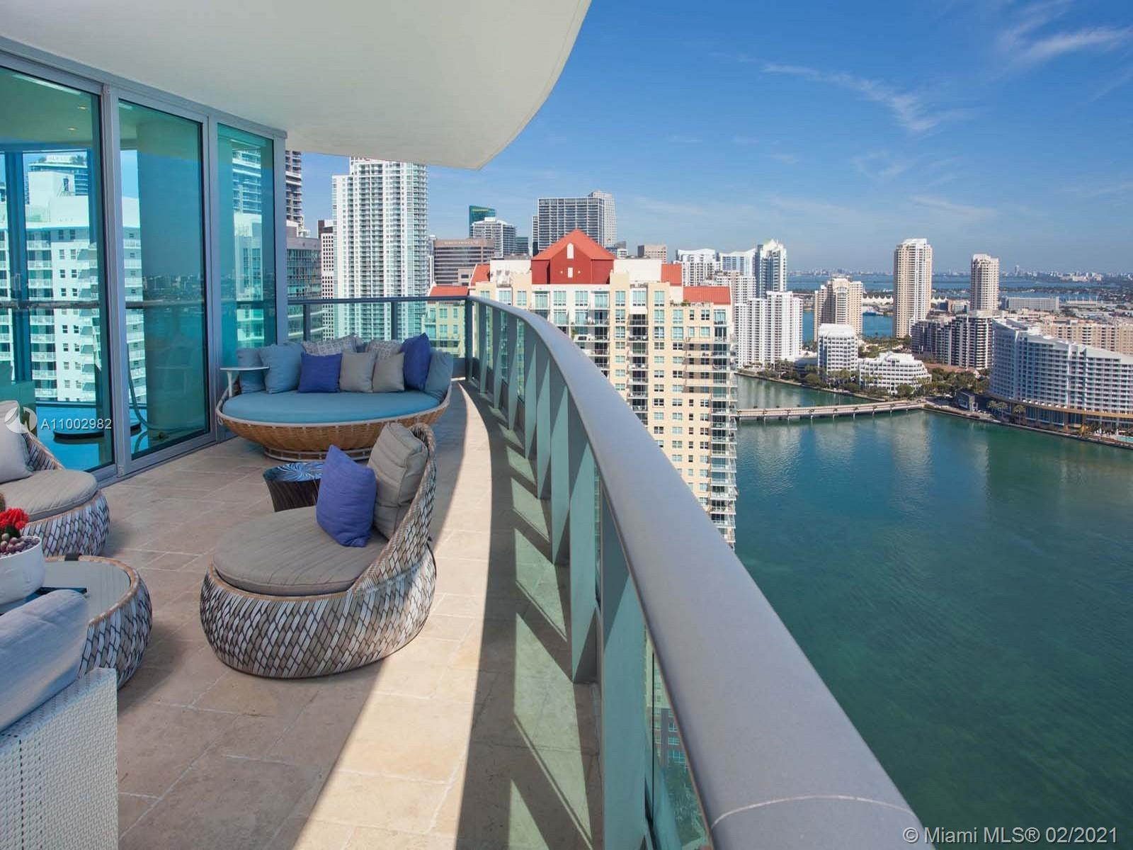 1331 Brickell Bay Dr #3701 photo015
