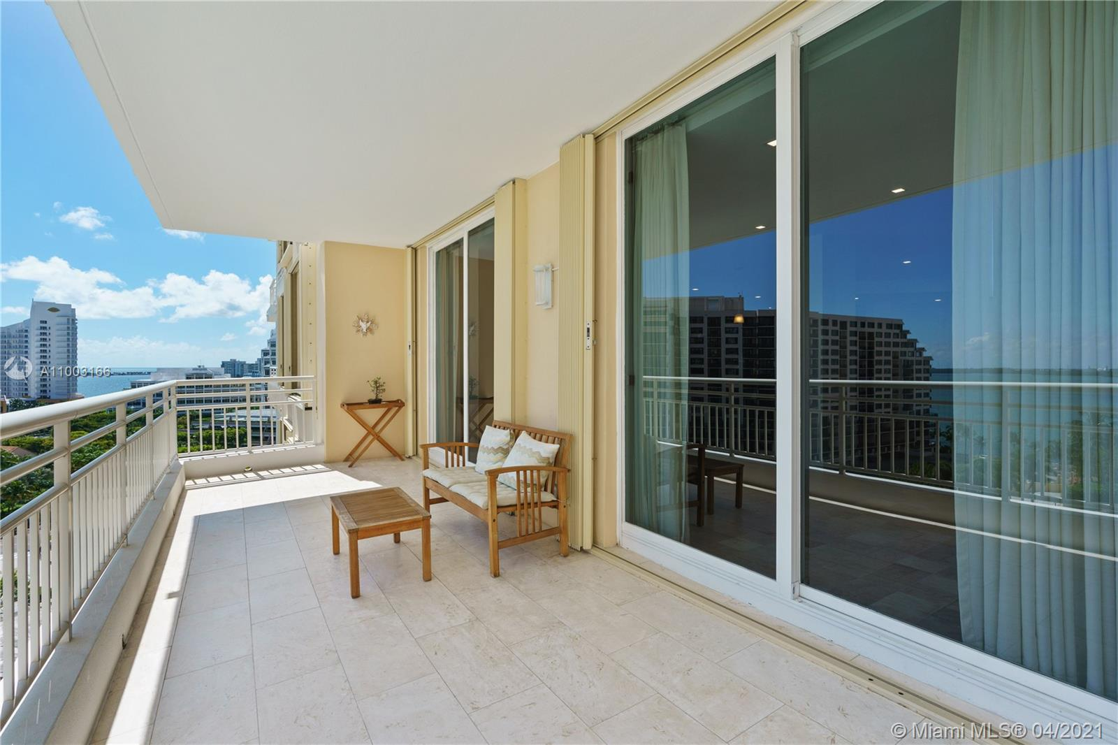 888 Brickell Key Dr #1207 photo02
