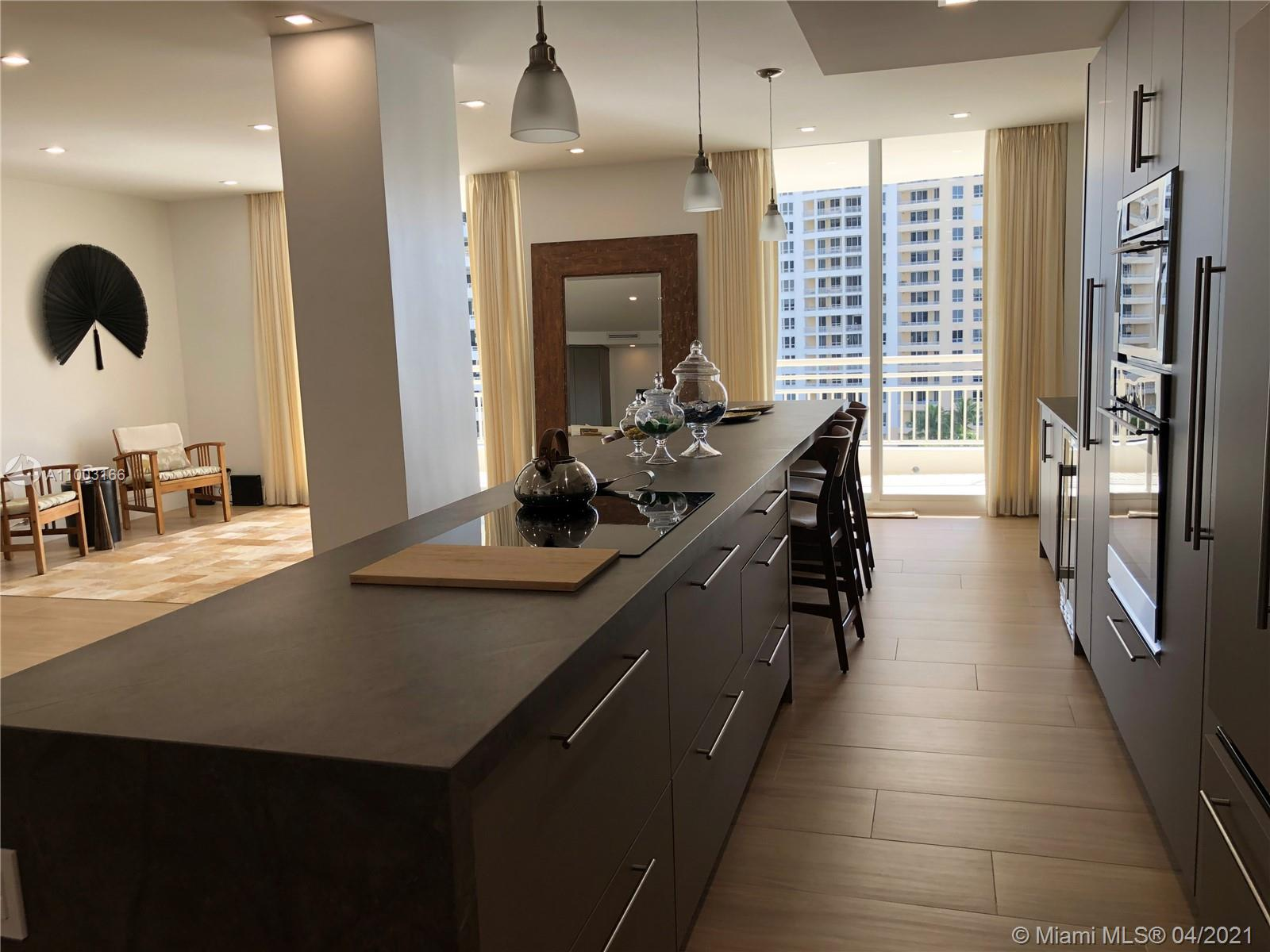 888 Brickell Key Dr #1207 photo014