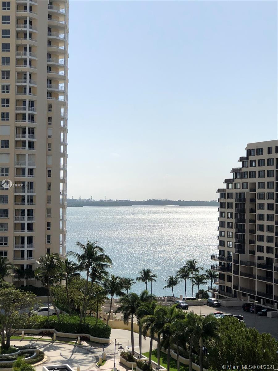888 Brickell Key Dr #1207 photo04
