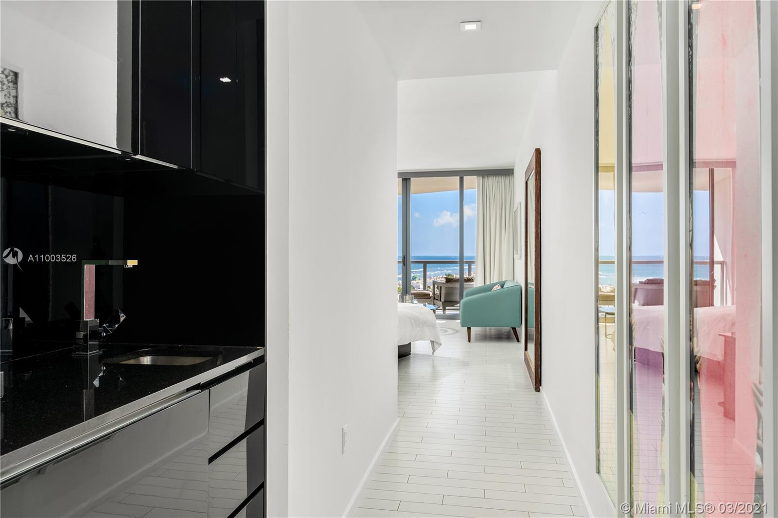 2201 Collins Ave #726/728/730 photo038