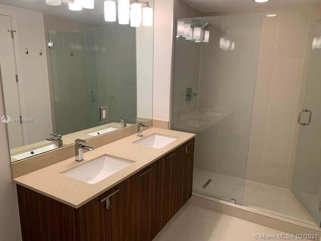 5252 NW 85th Ave #1101 photo08