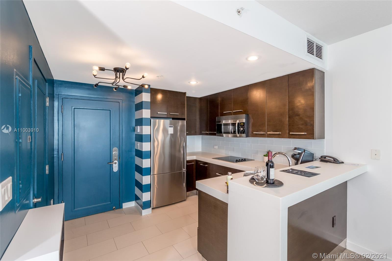 17315 Collins Ave #602A&B photo02