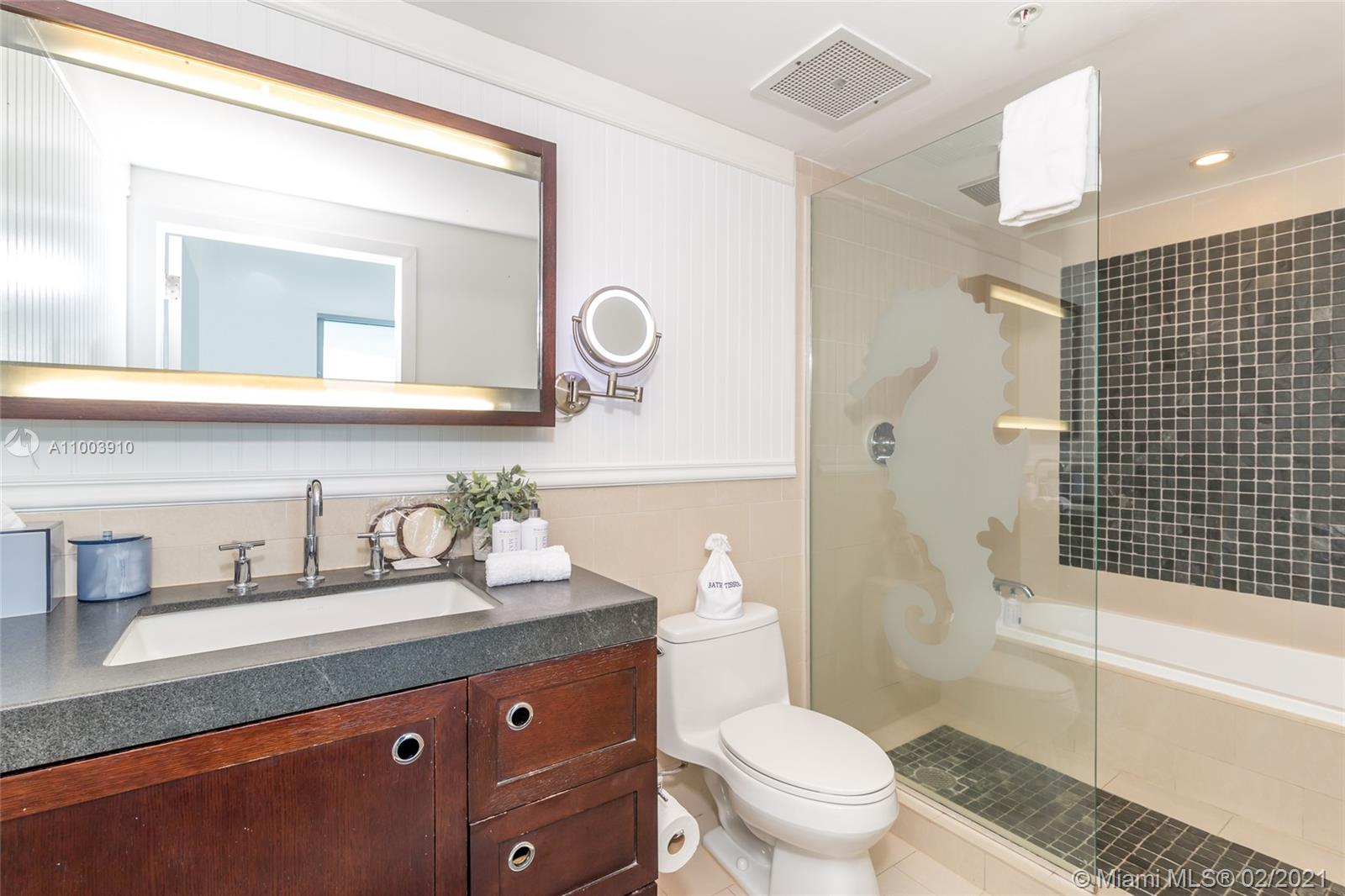 17315 Collins Ave #602A&B photo07