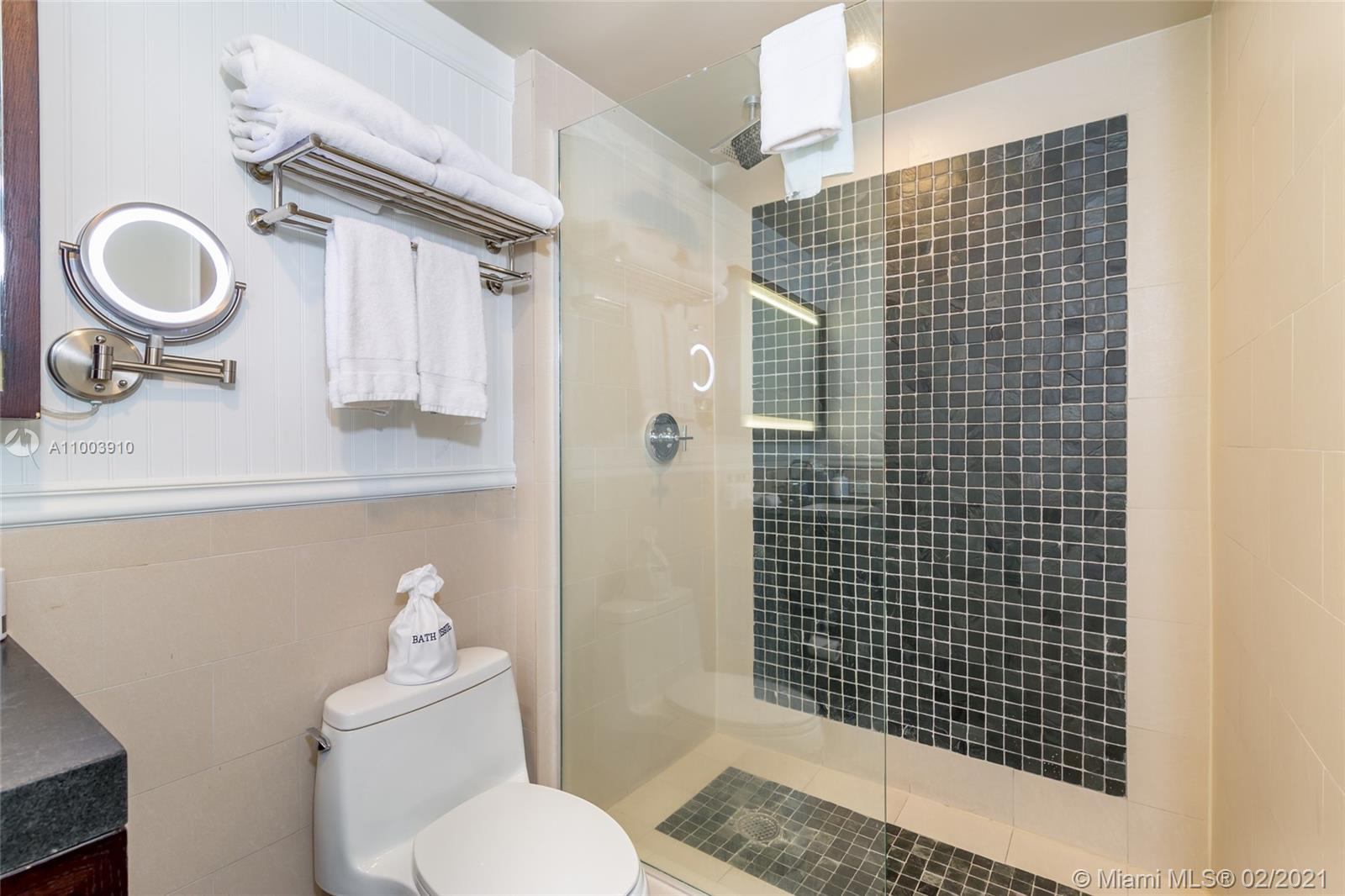 17315 Collins Ave #602A&B photo020