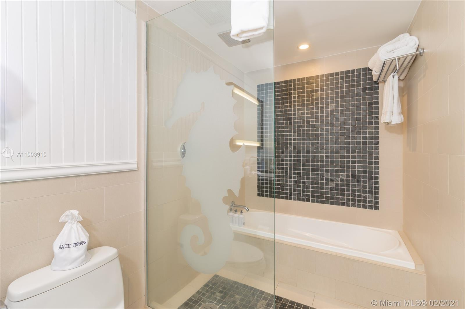 17315 Collins Ave #602A&B photo08
