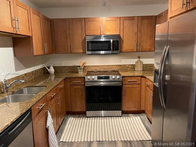 8395 SW 73rd Ave #203 photo010
