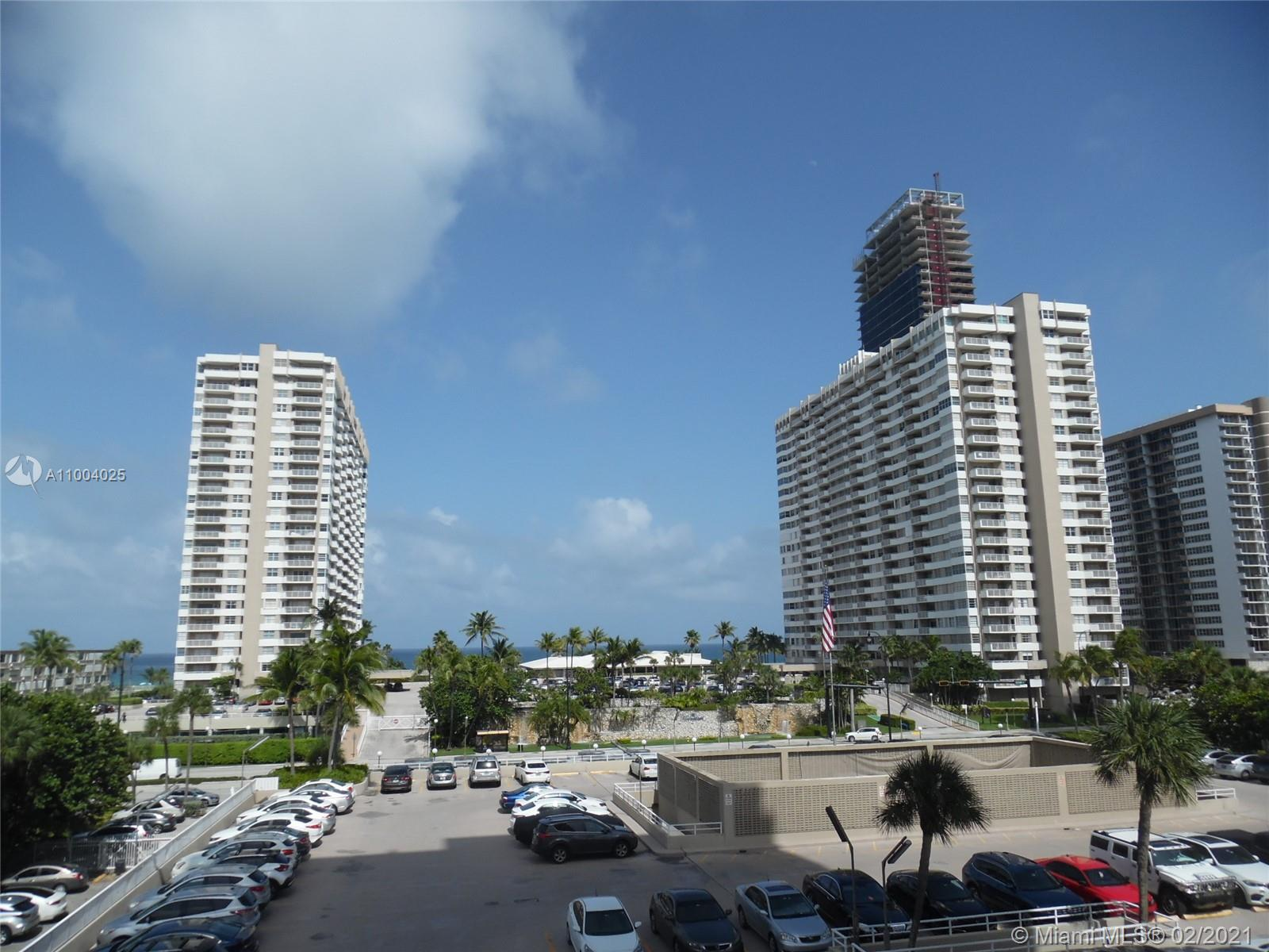 The Hemispheres Two #3F - 1965 S Ocean Dr #3F, Hallandale Beach, FL 33009