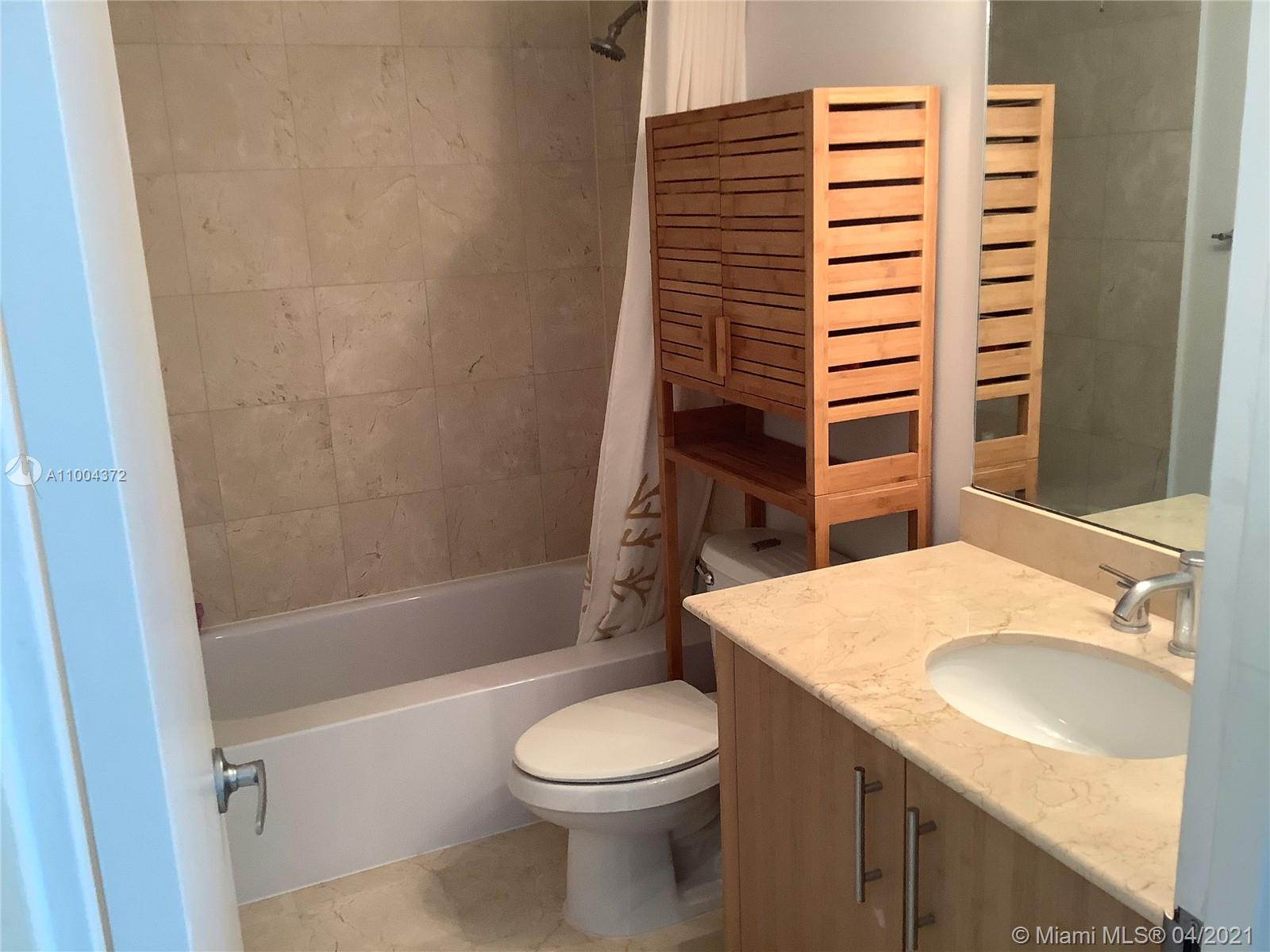 10275 Collins Ave #218 photo017
