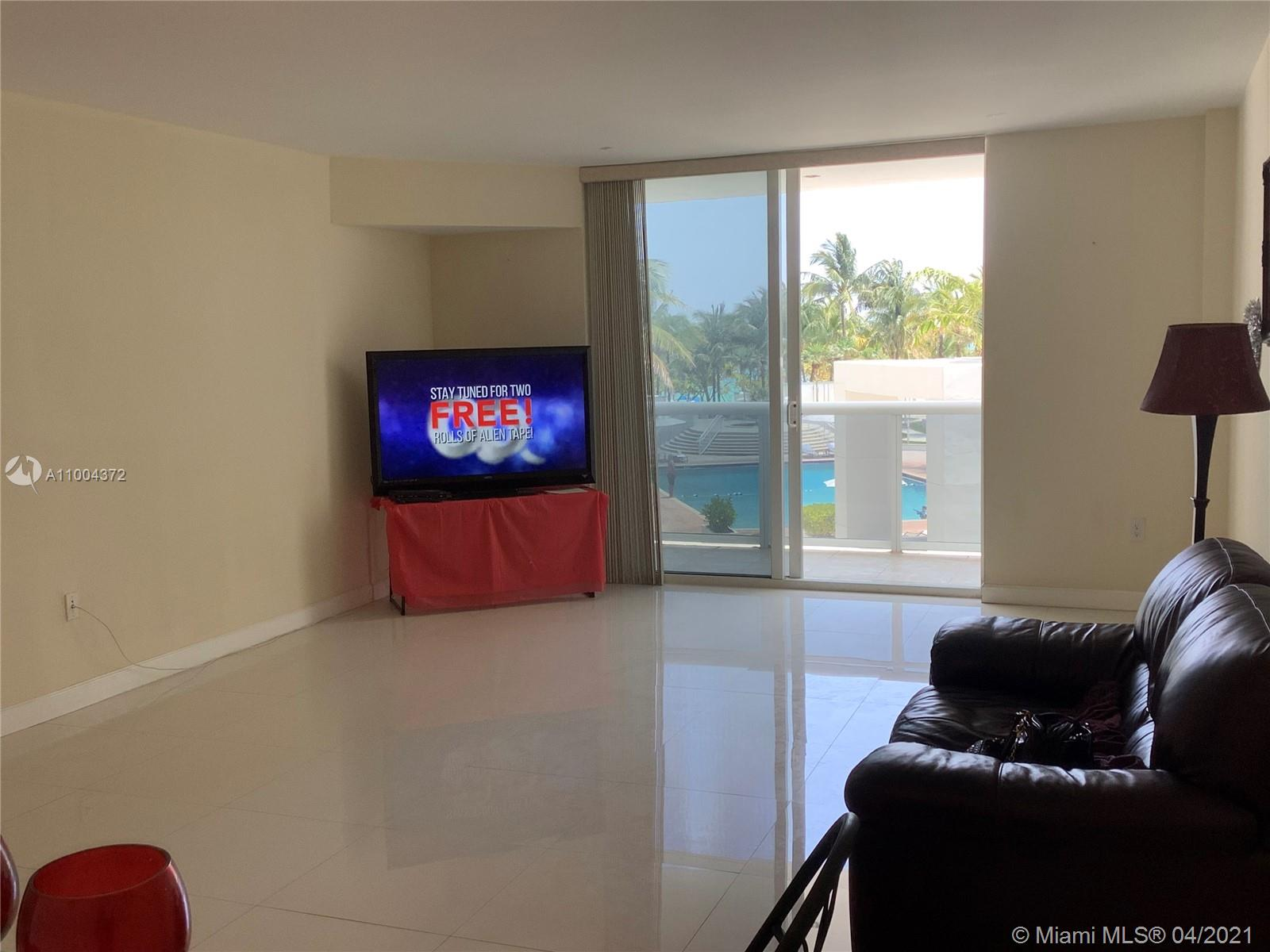10275 Collins Ave #218 photo09