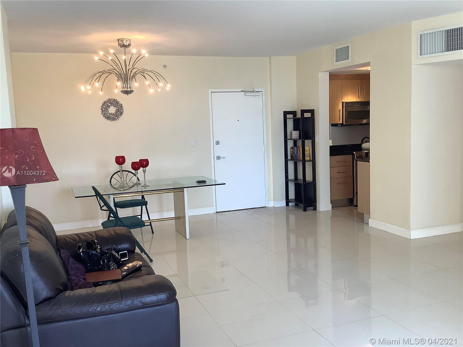 10275 Collins Ave #218 photo08
