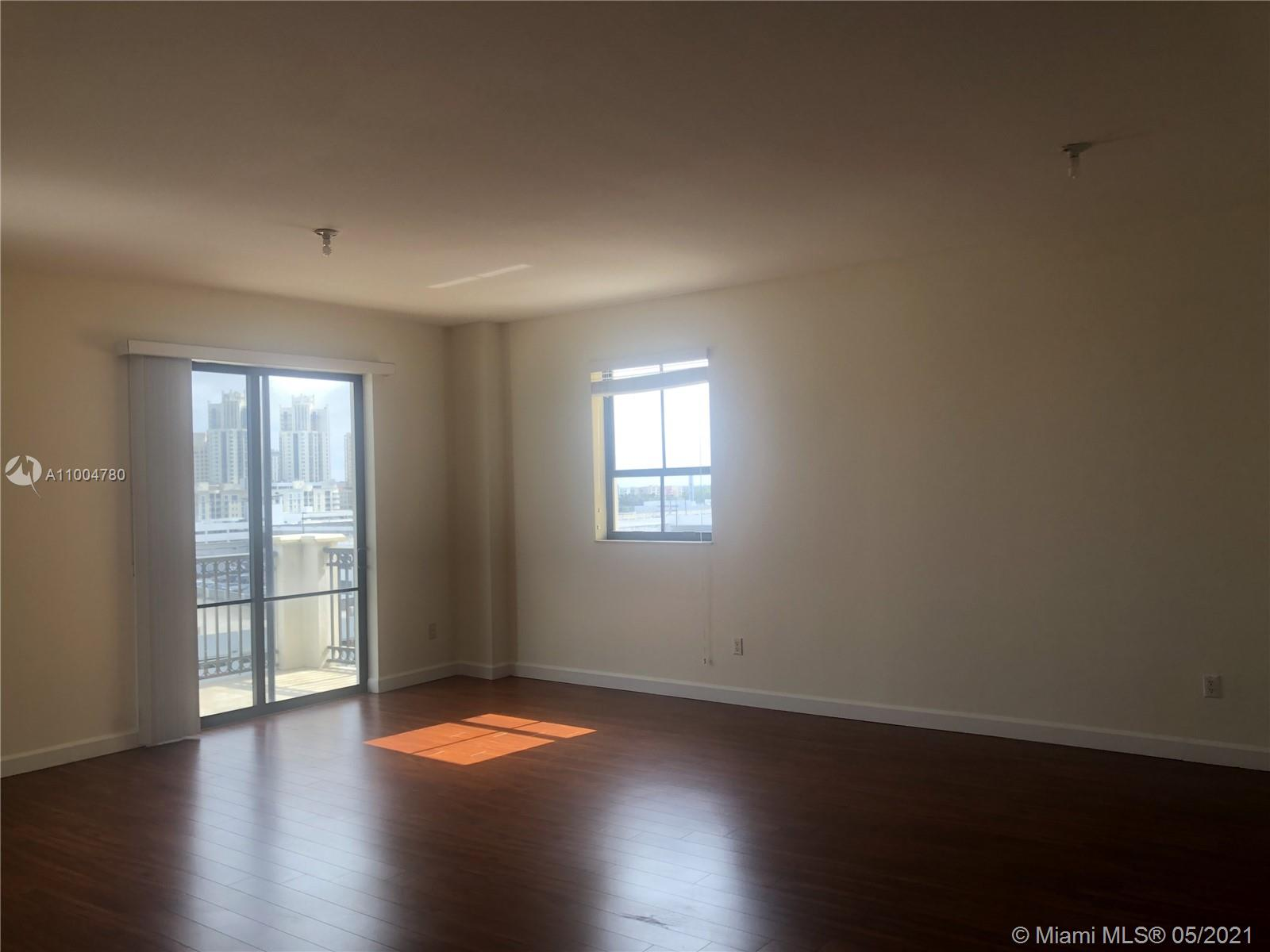 8390 SW 72nd Ave #705 photo02