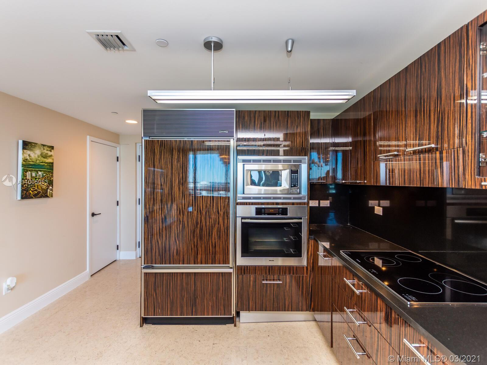 6799 Collins Ave #1401 photo018