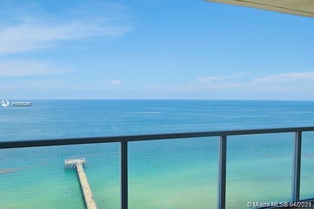 La Perla #2402 - 16699 Collins Ave #2402, Sunny Isles Beach, FL 33160