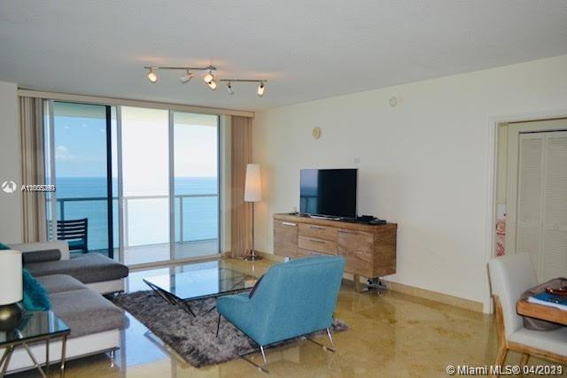 16699 Collins Ave #2402 photo05
