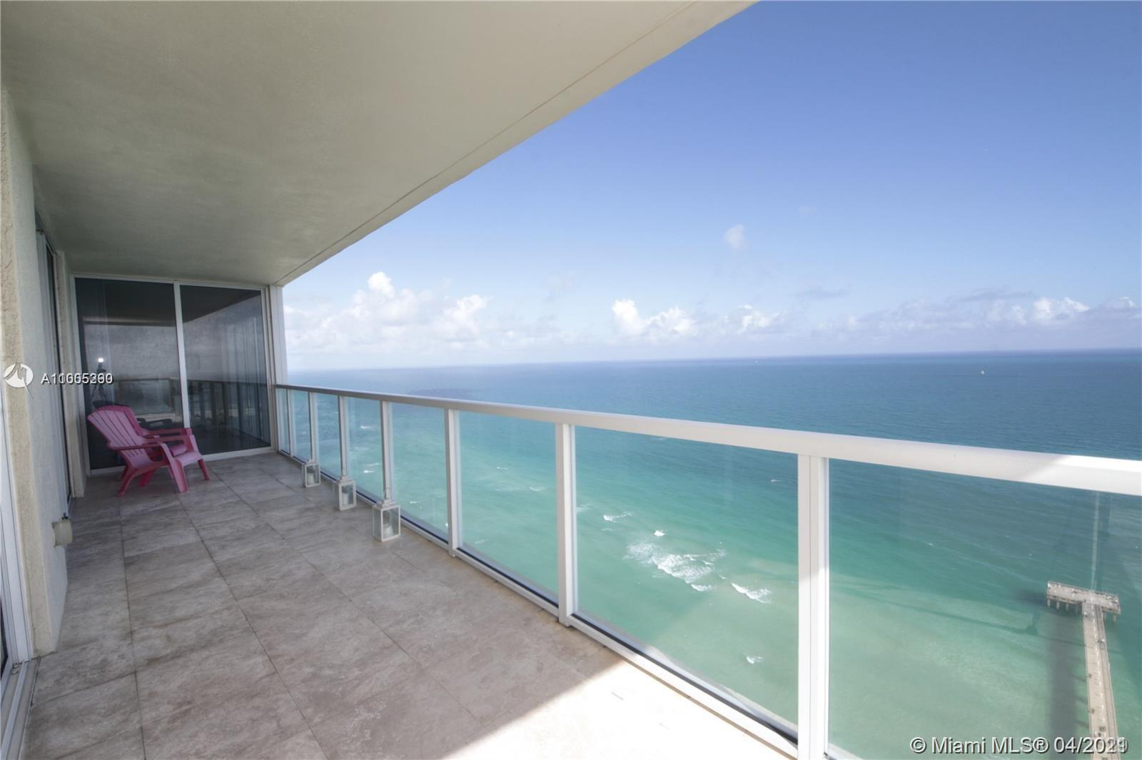 16699 Collins Ave #2402 photo010