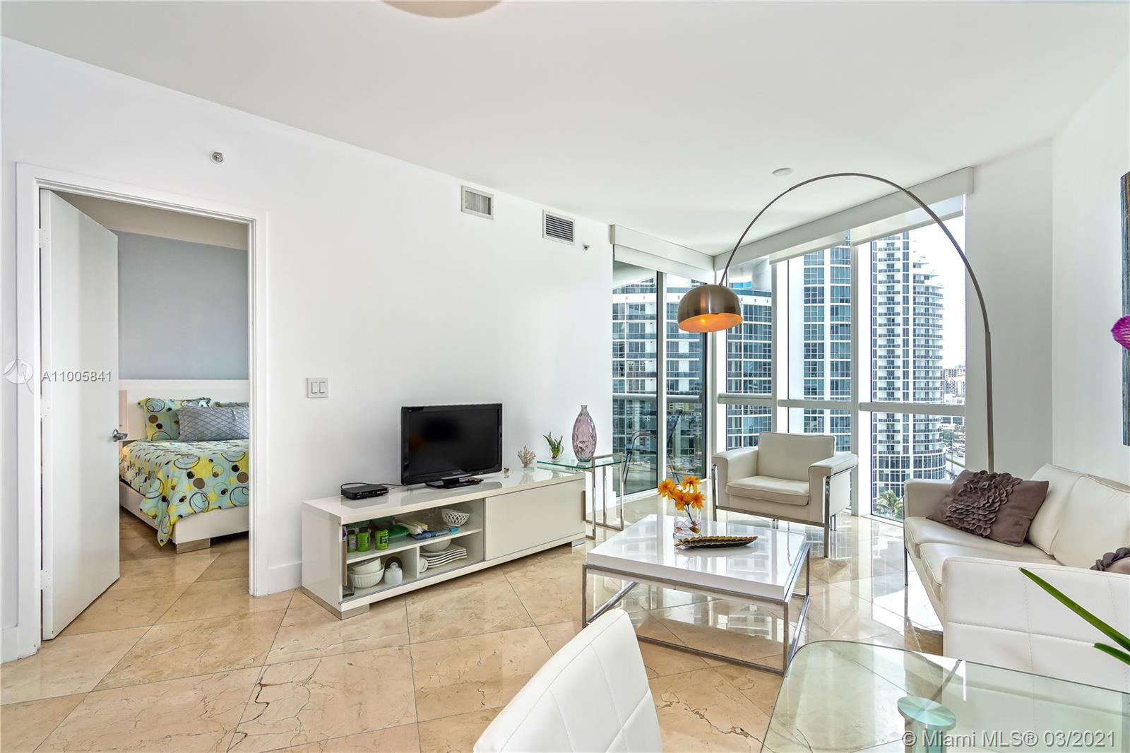 18201 Collins Ave #1603 photo05