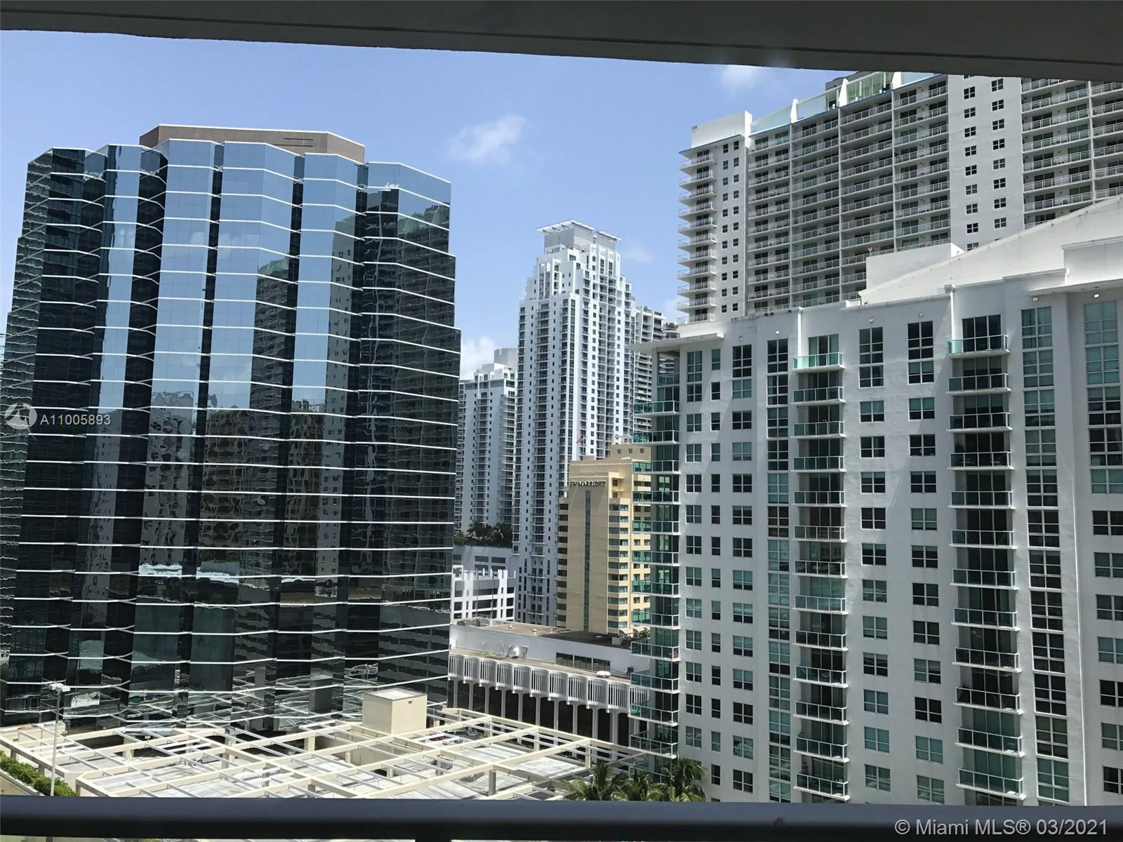Brickell House #1713 - 1300 Brickell Bay Dr #1713, Miami, FL 33131